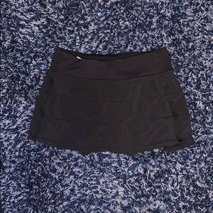 Black Lululemon tennis skirt size 6